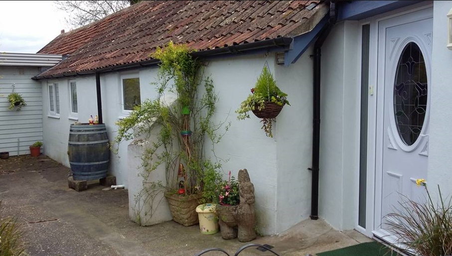 Sturminster Newton-Stables Holiday Cottage 8