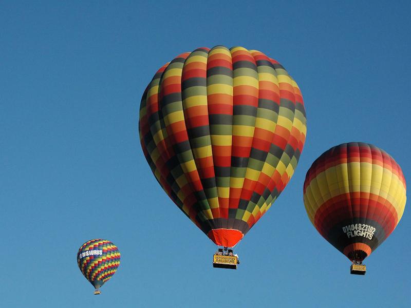 Sturminster Newton-Aerosaurus Balloons 1
